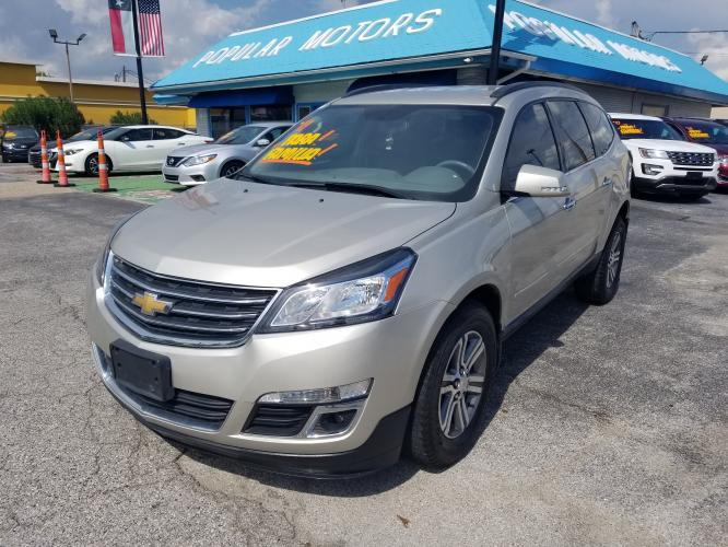2017 Chevrolet Traverse 1LT FWD (1GNKRGKD5HJ) with an 3.6L V6 DOHC 24V engine, 6A transmission, located at 1842 Wirt Road, Houston, TX, 77055, (713) 973-3903, 29.805330, -95.484787 - Photo #0