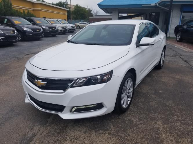 2019 White Chevrolet Impala LT (2G11Z5S31K9) with an 3.6L V6 DOHC 24V engine, 6A transmission, located at 1842 Wirt Road, Houston, TX, 77055, (713) 973-3903, 29.805330, -95.484787 - Photo #0