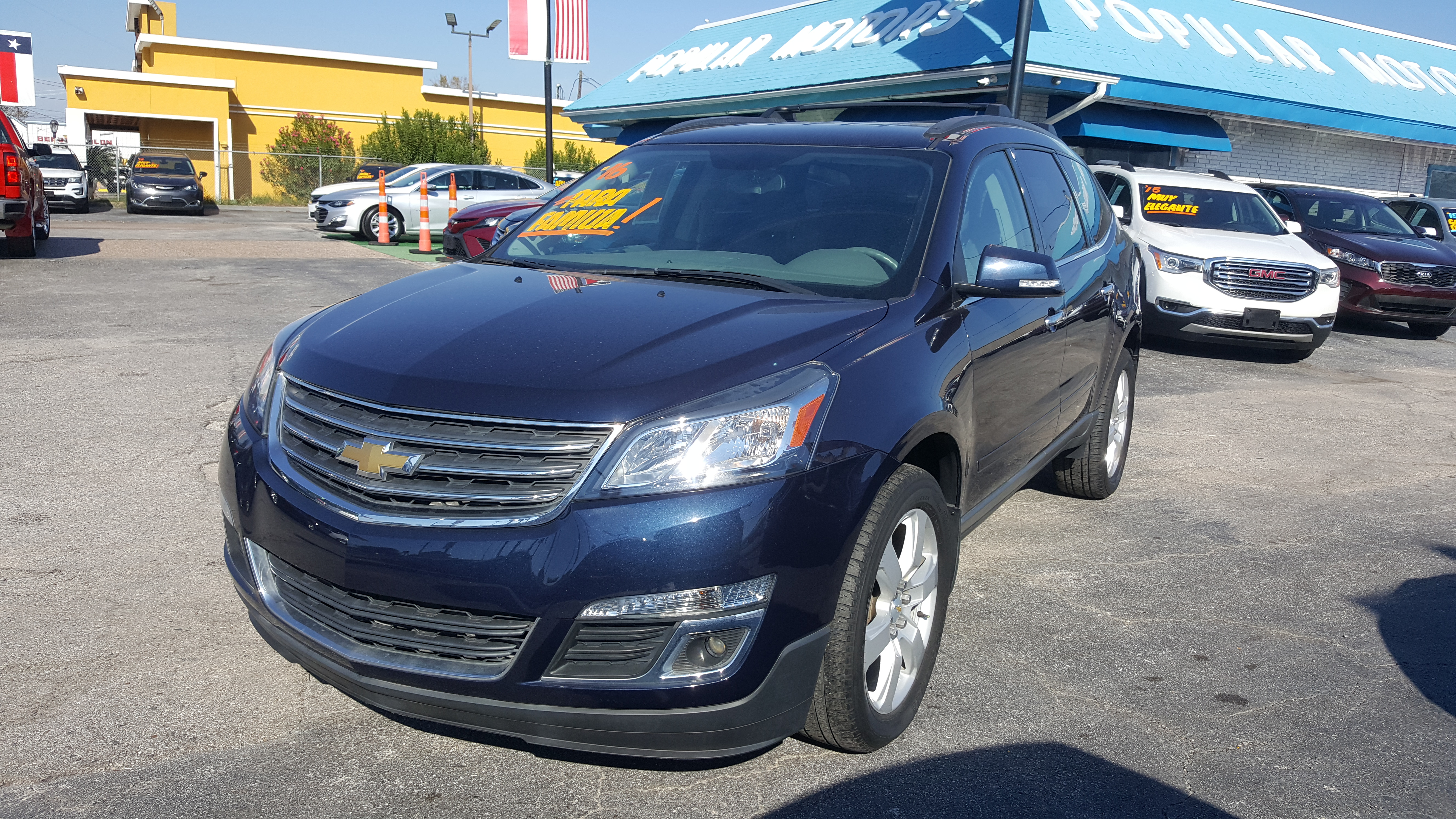 2016 Blue Chevrolet Traverse 1LT FWD (1GNKRGKD6GJ) with an 3.6L V6 DOHC 24V engine, 6A transmission, located at 1842 Wirt Road, Houston, TX, 77055, (713) 973-3903, 29.805330, -95.484787 - Photo #0