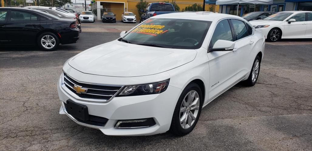 2019 White /BLACK Chevrolet Impala LT (1G11Z5SA2KU) with an 2.5L L4 DOHC 16V engine, 6A transmission, located at 1842 Wirt Road, Houston, TX, 77055, (713) 973-3903, 29.805330, -95.484787 - Photo #0